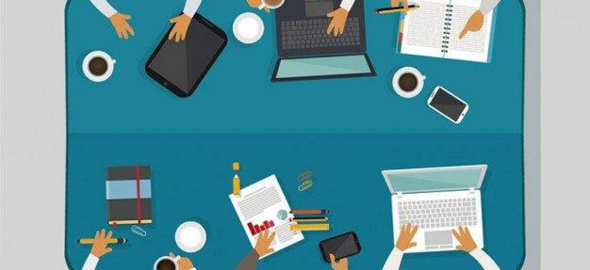 trabalho-em-equipe-na-reuniao-de-negocios_23-2147508215 (1)